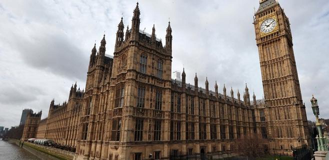 300.000 accesos a páginas porno en el Parlamento inglés