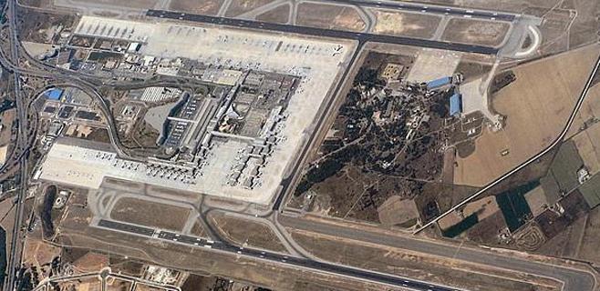 Un avión militar estadounidense aterriza de emergencia en Son Sant Joan