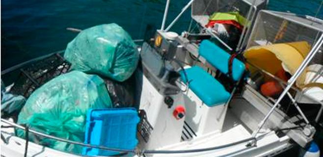 ABAQUA cierra el verano con 36 toneladas de residuos retiradas