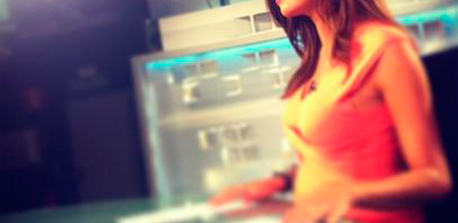 Sara Carbonero 'destapa' su tripa de embarazada