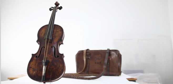 Sale a subasta un violín del Titanic