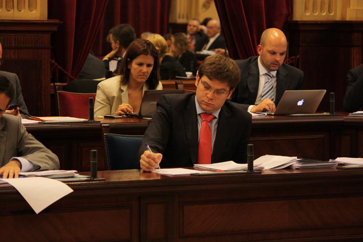 Aprobada la Ley de protección de consumidores y usuarios de Balears