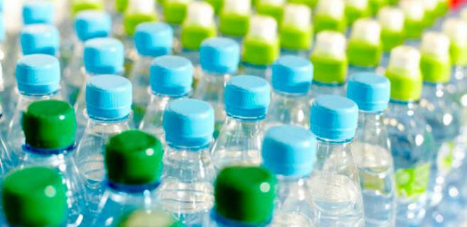 Felanitx adornará sus calles en Navidad con botellas de plástico