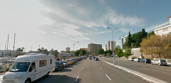 Cort asfalta 1,5 kilómetros de la Avinguda Gabriel Roca