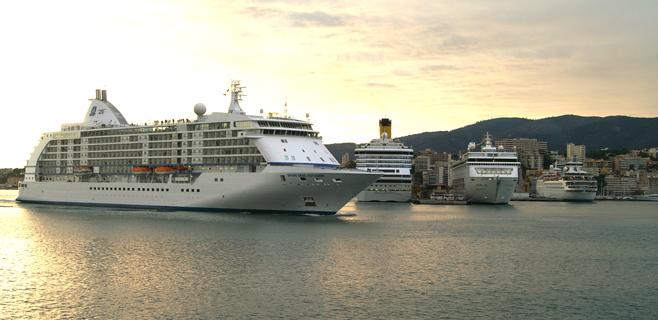 Siete cruceros atracarán de forma simultánea en Palma este sábado