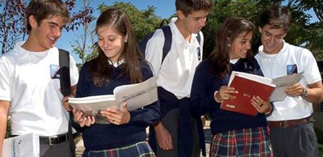 La escuela privada triplica el coste de la pública