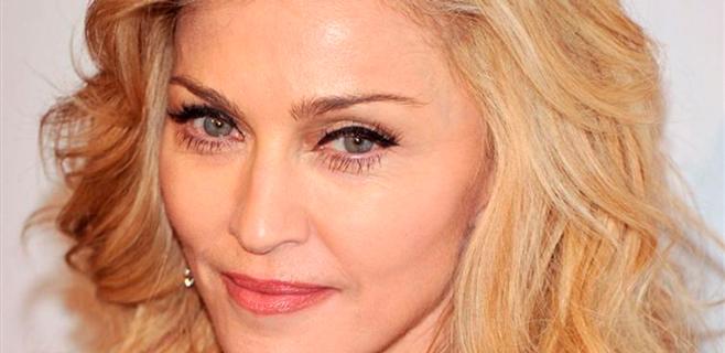 Madonna es expulsada de un cine por usar el móvil