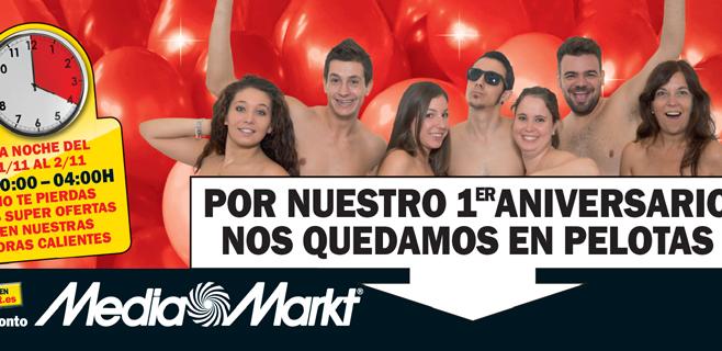 El personal Mediamarkt se desnuda para celebrar su aniversario