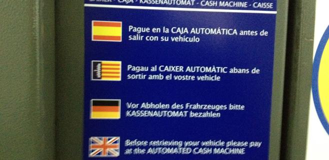 Cort normaliza el catalán de los rótulos