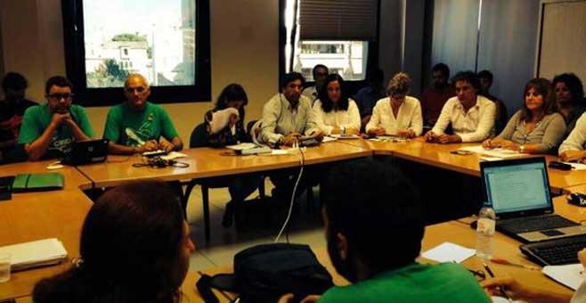 Los docentes anuncian movilizaciones durante la campaña electoral de mayo