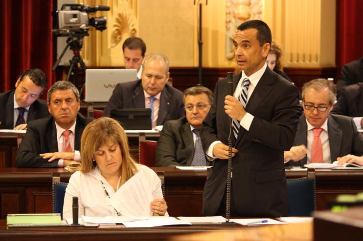 García aclara que el Plà d'Ocupació sí dispondrá de recursos económicos