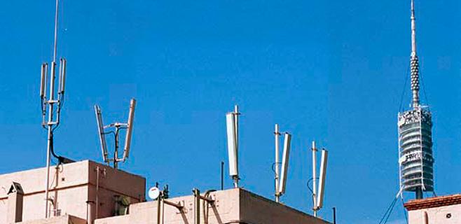 Hoteles y antenas de telefonía no necesitarán licencia de actividades