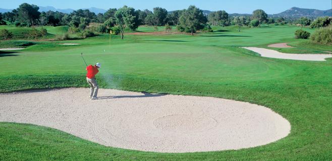 Los lectores se muestran contrarios a la construcción de más campos de golf