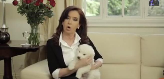 Cristina Kirchner reaparece con un vídeo casero en Twitter