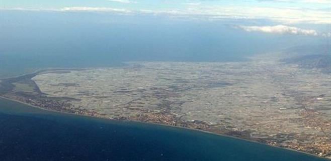 Los invernaderos de Almería contrarrestan el calentamiento global