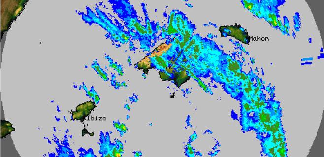 Balears mantiene la alerta por lluvias