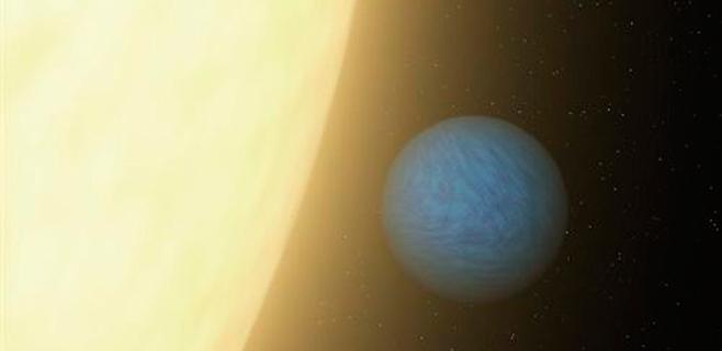 Descubierto un planeta similar a la Tierra en masa y tamaño