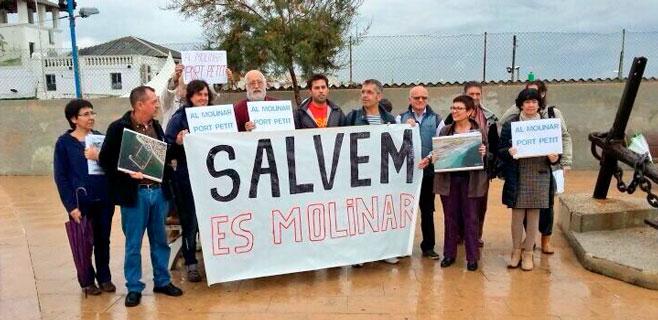 Los vecinos salen a la calle para rechazar la ampliación del C.M. Molinar