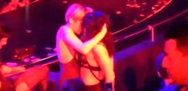 El beso lésbico de Miley Cyrus