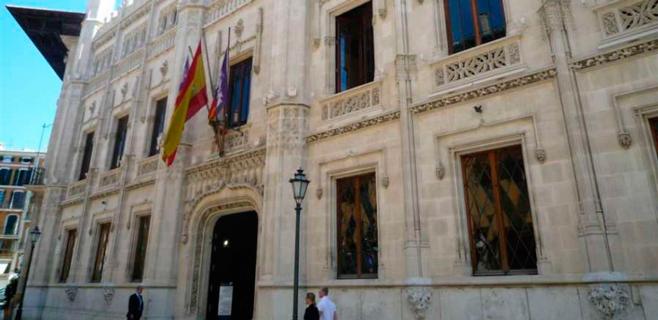 El Consell debatirá la admisión de visitas turísticas