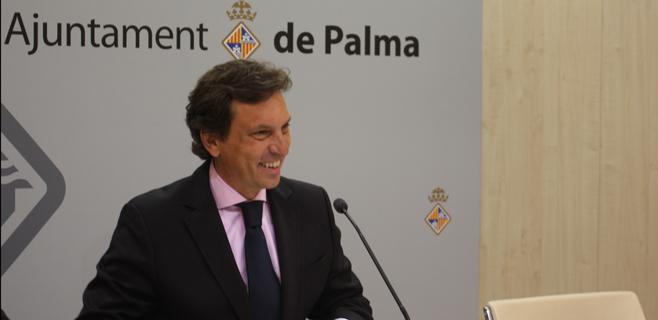 Isern vuelve a instar al diálogo en el Molinar por el conflicto del Club Náutico