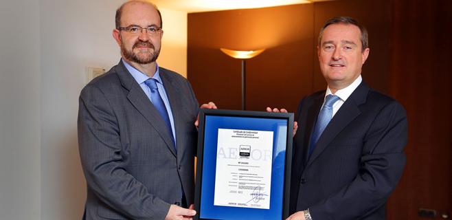 CaixaBank recibe el certificado AENOR