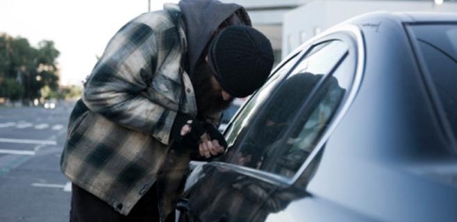 Detenidas dos personas en Artà por 42 robos en el interior de coches