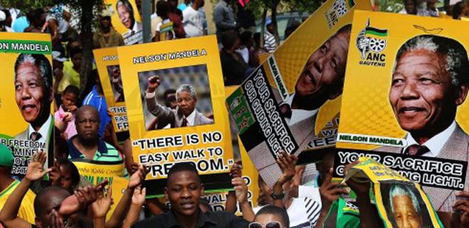 El Parlament Balear rinde homenaje a Mandela