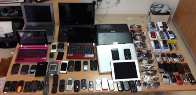 Incautados 109 tablets y móviles en una redada policial nocturna en Inca