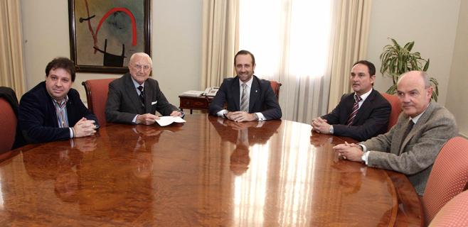Bauzá recibe a la Fundación Jaume III