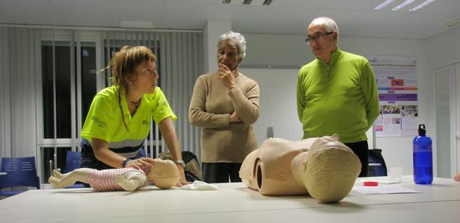 Salut enseña a la población cómo actuar ante un paro cardiorrespiratorio