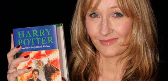 Multa de 1200€ por filtrar el seudónimo de J.K. Rowling