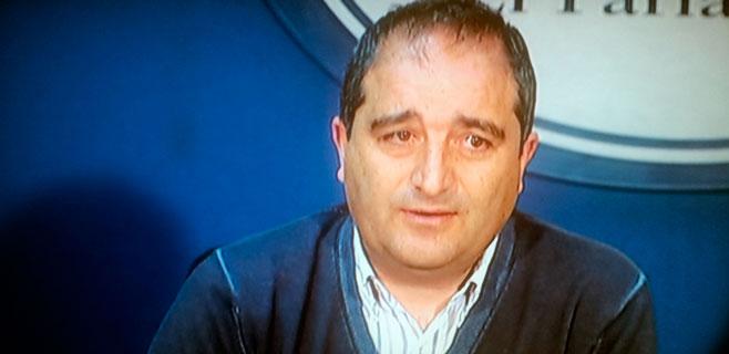 Antoni Alorda firma la renuncia al escaño