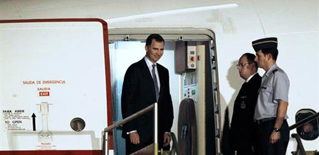 El avión del Príncipe sufre una nueva avería