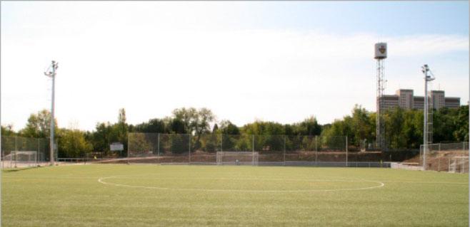 Detenidos 8 menores por lanzar botellas en un partido de fútbol