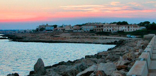 Fallece una niña al golpearse con las hélices de una barca en Sa Ràpita