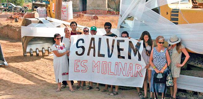 Salvem es Molinar felicita a Isern por frenar la ampliación del Club Marítimo