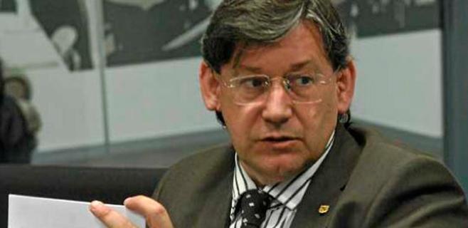 El PSIB dice que el Govern rebaja la exigencia de calidad a clínicas privadas