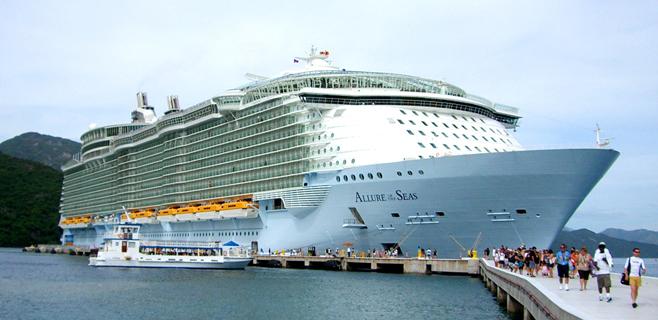El crucero más grande del mundo dejará 8 millones de euros en Palma