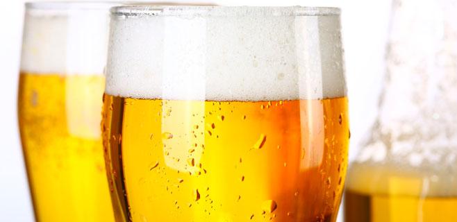 Beber cerveza con moderación es bueno para la hipertensión