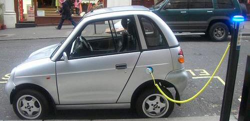 En Balears sólo se vende un coche eléctrico al mes