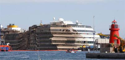 Un buzo español muere durante el flotamiento del Costa Concordia