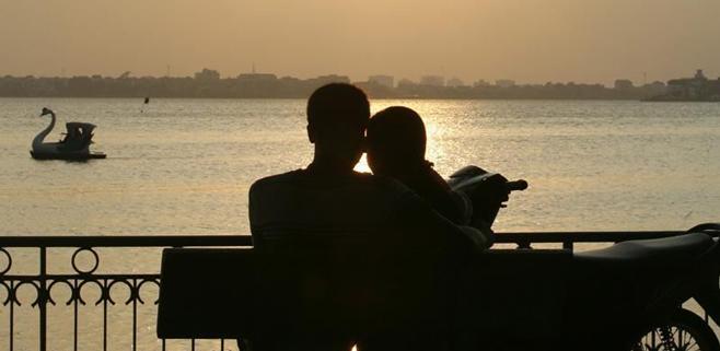 El enamoramiento reduce el estrés crónico