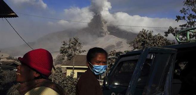 Al menos 14 muertos por la erupción de un volcán