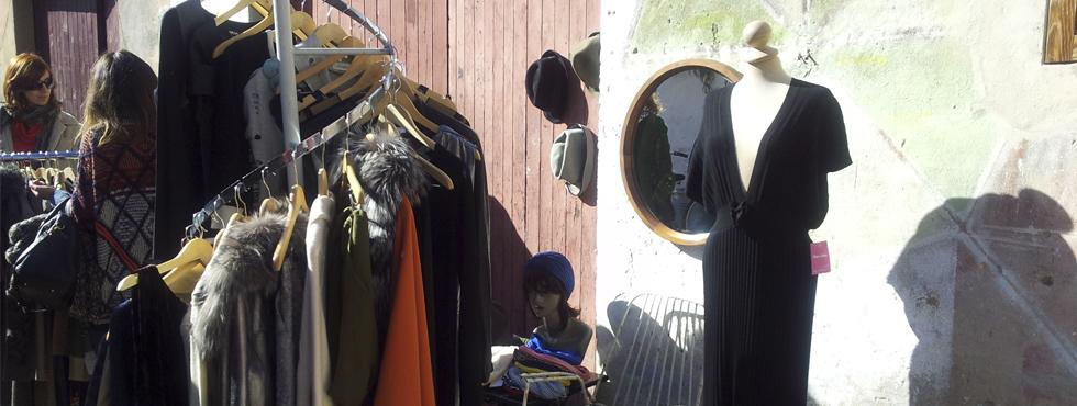 Un mercadillo moderno en Sant Felio