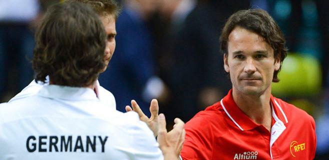 Carlos Moyà no seguirá como capitán de la Copa Davis