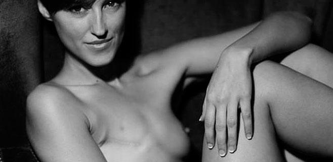 Facebook censura la foto de una modelo con cáncer de mama