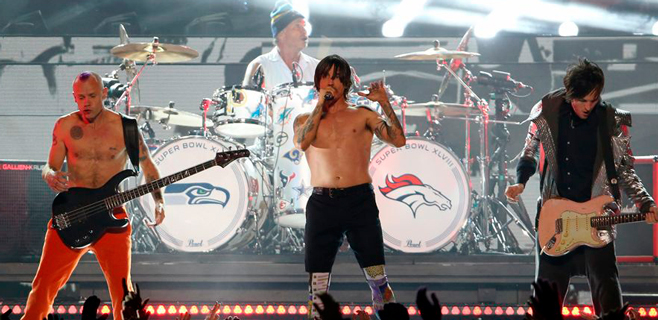 Mars y Red Hot Chili Peepers conquistan la Super Bowl