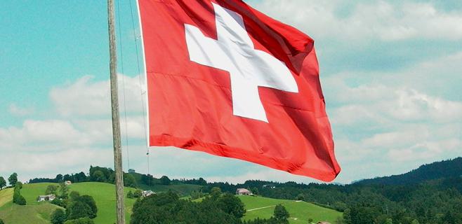 Los suizos aprueban reinstaurar las cuotas de inmigración