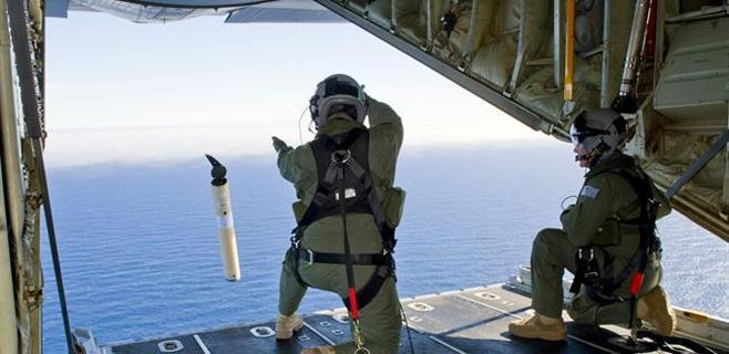 Australia amplía la zona de búsqueda del avión desaparecido